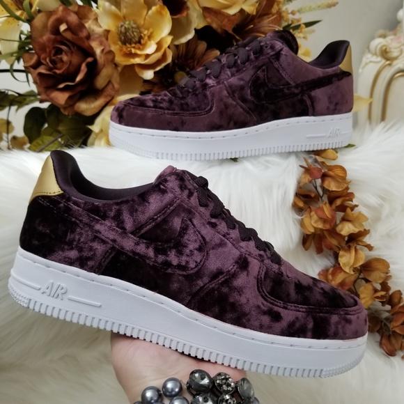 best sneakers 065f4 49393 Nike Air Force 1 07 Premium Velvet Shoes